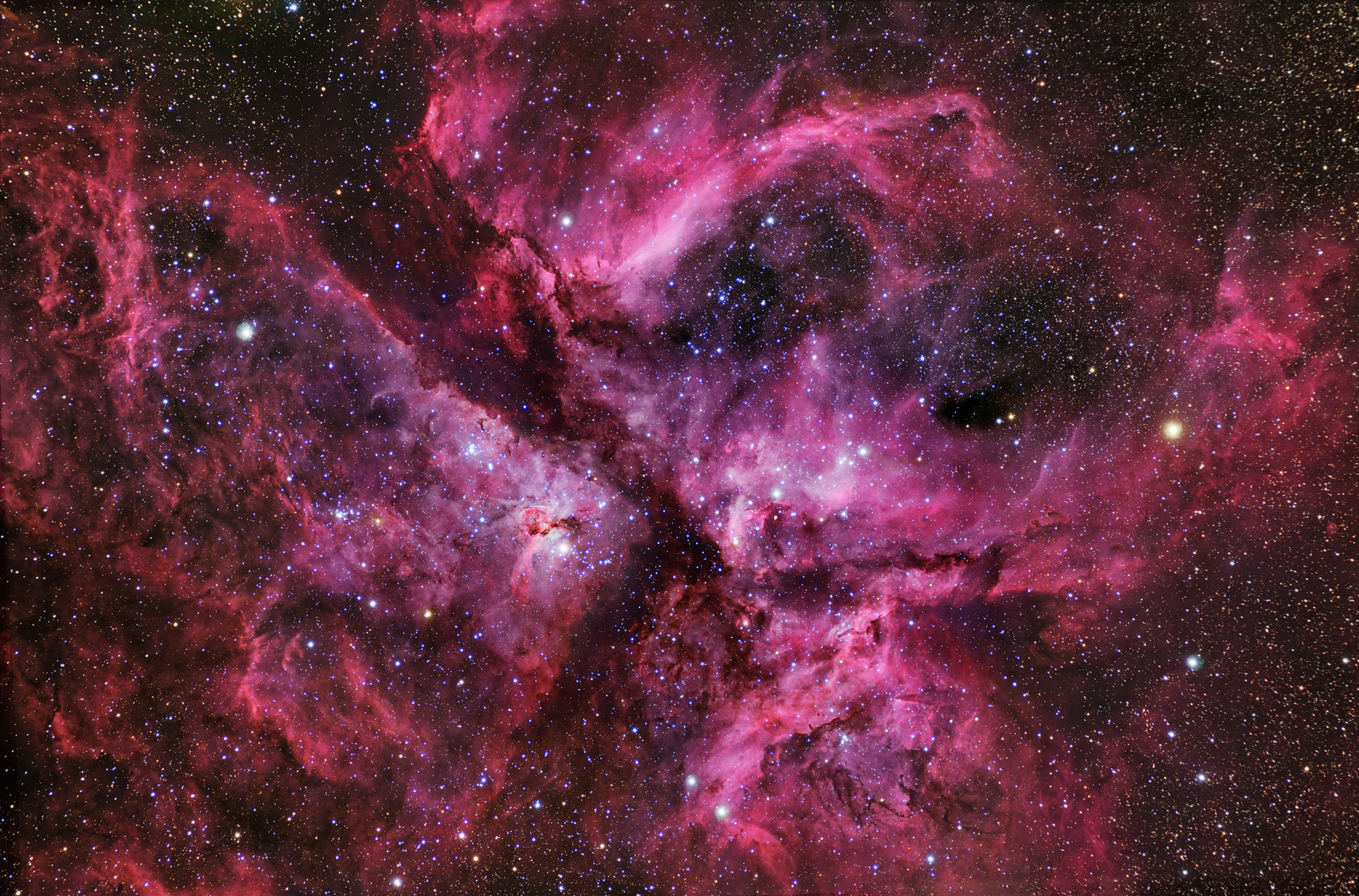 Great Carina Nebula Is A Star-Building Busy Bee. | OMEGA-LEVEL