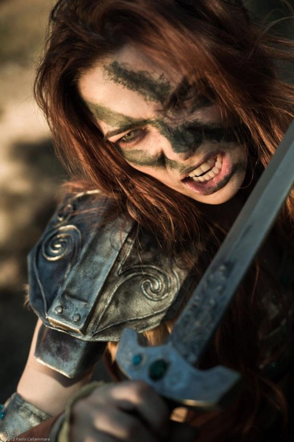 cosplay aela the huntress from skyrim is warmth in the