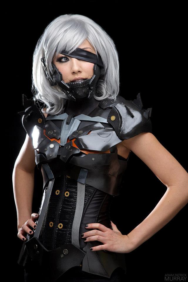 Cosplay: LADY RAIDEN from 'METAL GEAR RISING' has eh ...