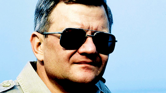 Tom Clancy.