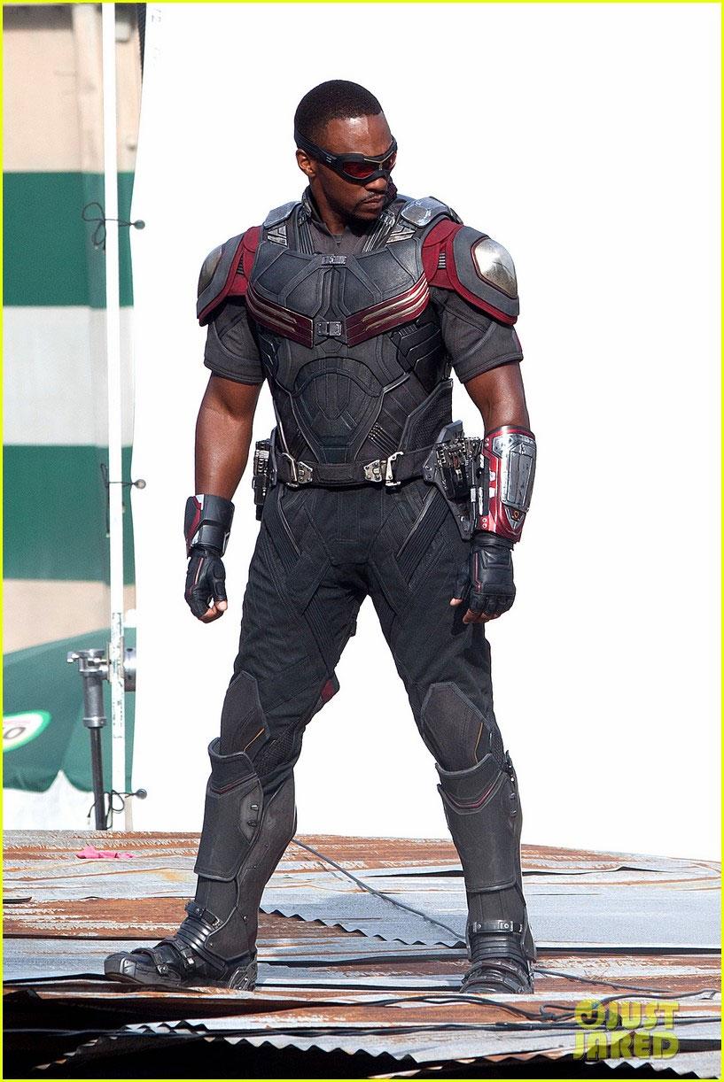 'Captain America: Civi...
