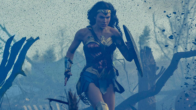 new wonder woman photo war zone