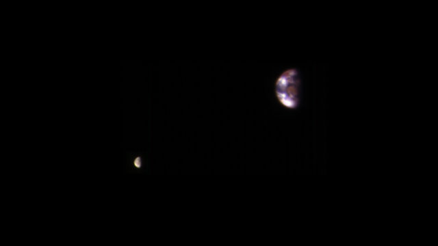 the earth and moon from mars