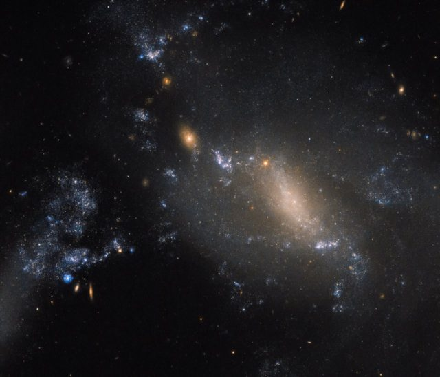 hubble two galaxies interacting