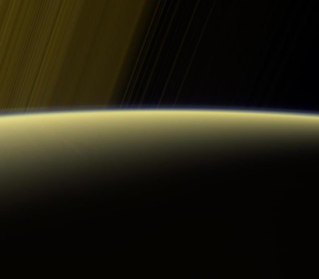 cassini saturn horizon