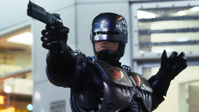 neill blomkamp peter weller robocop sequel