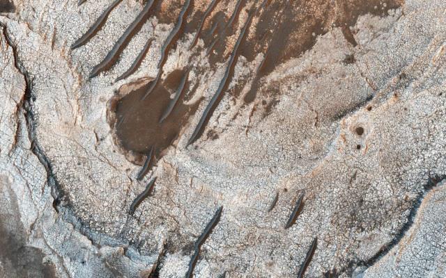 mars layered history