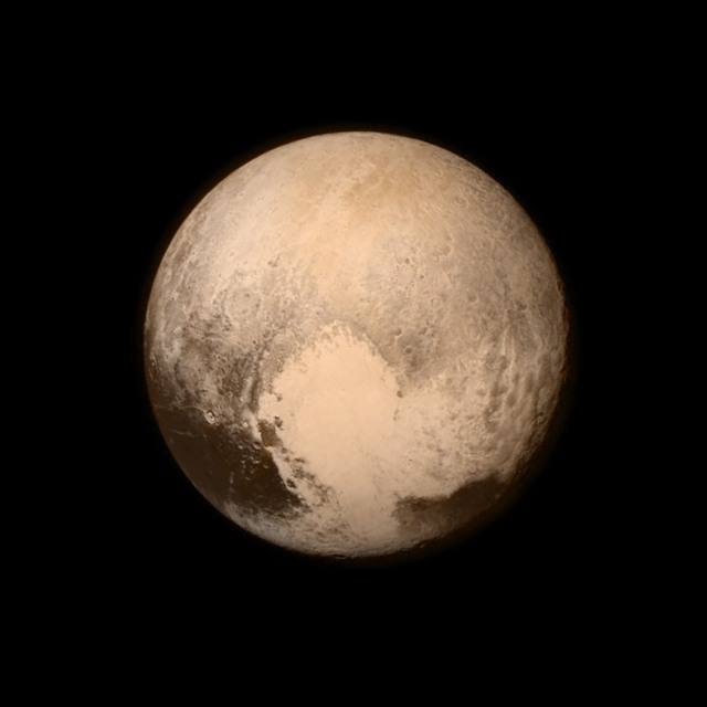 pluto atmosphere frozen