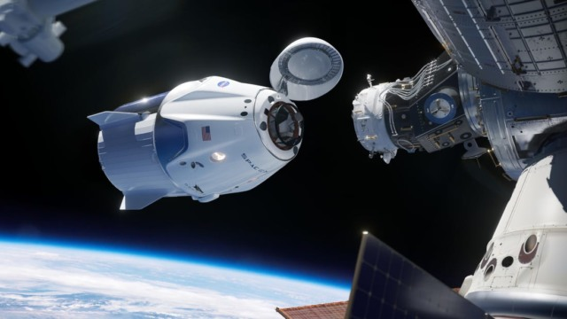 spacex dock international space station