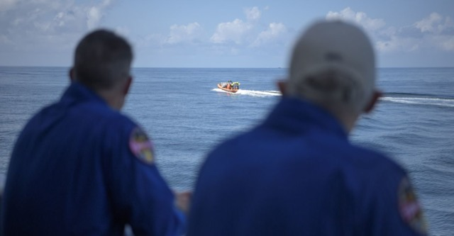 spacex astronauts return to earth