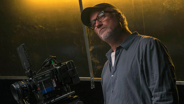 david fincher has signed a four-year exclusive deal netflix