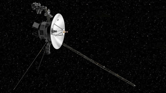 nasa contacts voyager 2 probe first time deep space network dish