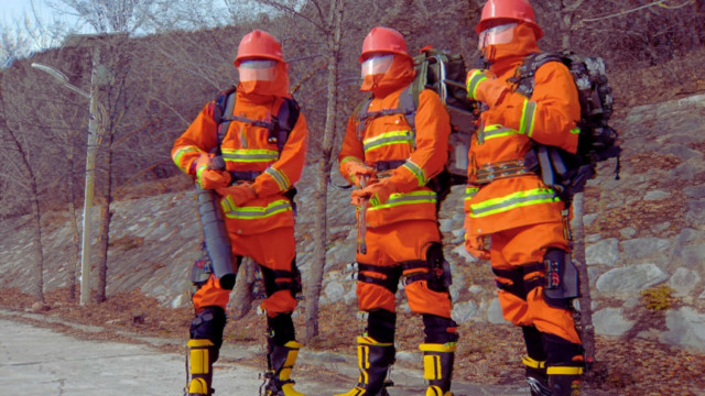 chinese firefighters exoskeletons